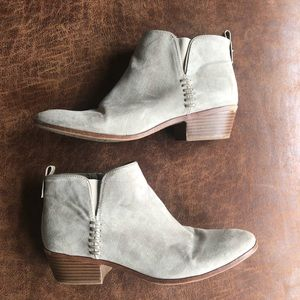 Sam & Libby Faux Suede Booties Size Nine